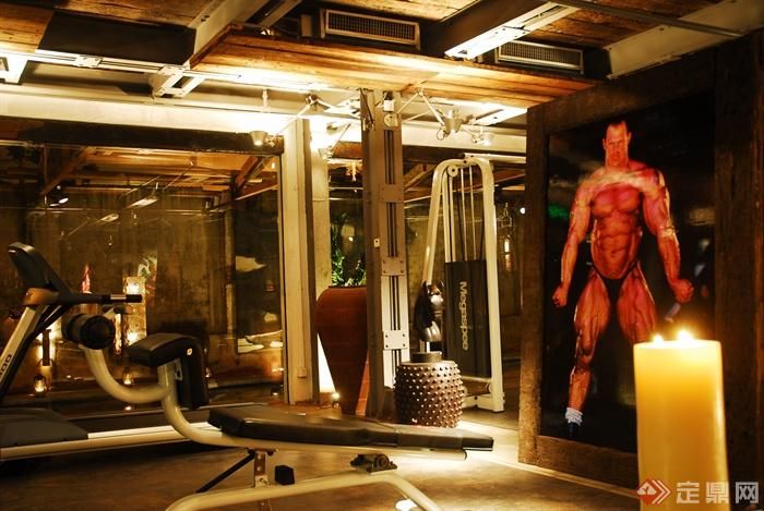 装饰画,健身器材,健身房