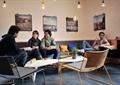 咖啡馆空间,休闲桌椅,植物盆栽,沙发,形象墙,灯饰