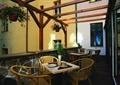 餐饮空间,竹制椅子,茶几,廊架,花瓶插花