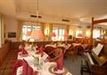 餐厅空间,餐桌椅,餐具