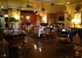 餐厅空间,餐桌椅,灯饰,形象墙,餐具