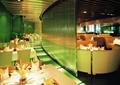餐饮空间,隔墙,餐桌椅,餐具