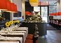 餐厅空间,餐具,菊花,餐桌椅,灯饰