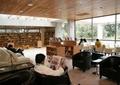 咖啡馆,图书室,书柜,书架,餐桌椅,沙发,玻璃墙