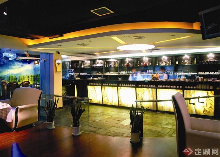 陽光島大衛咖啡廳室內設計-吧臺酒柜沙發盆栽植物