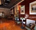 沙发茶几,吊灯,装饰画,地板,置物架