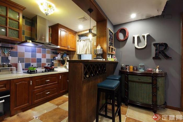 98㎡美式乡村风住宅室内图片(榻榻米书房)-厨房吧台置图片