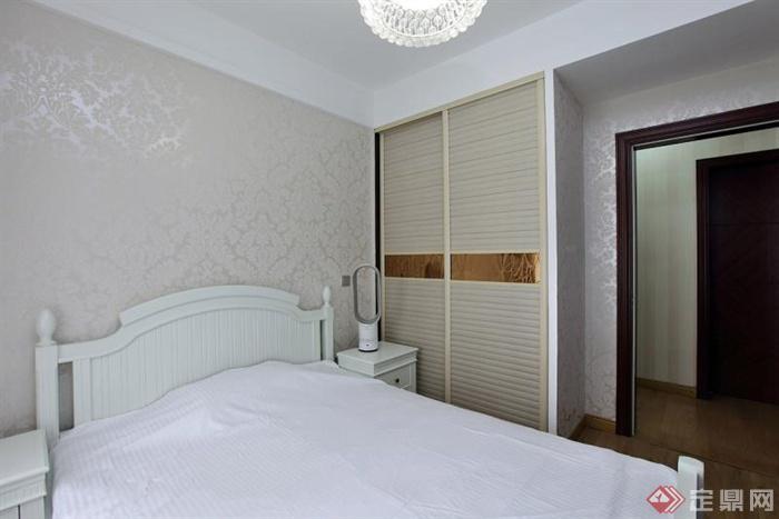 卧室,衣柜,床