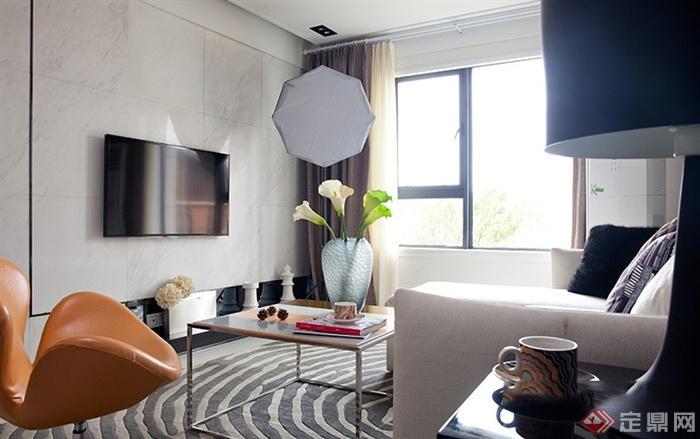 卧室与客厅窗户图片