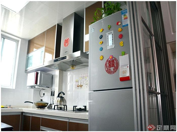 混搭简约93㎡婚房-厨房冰箱橱柜-设计师图库