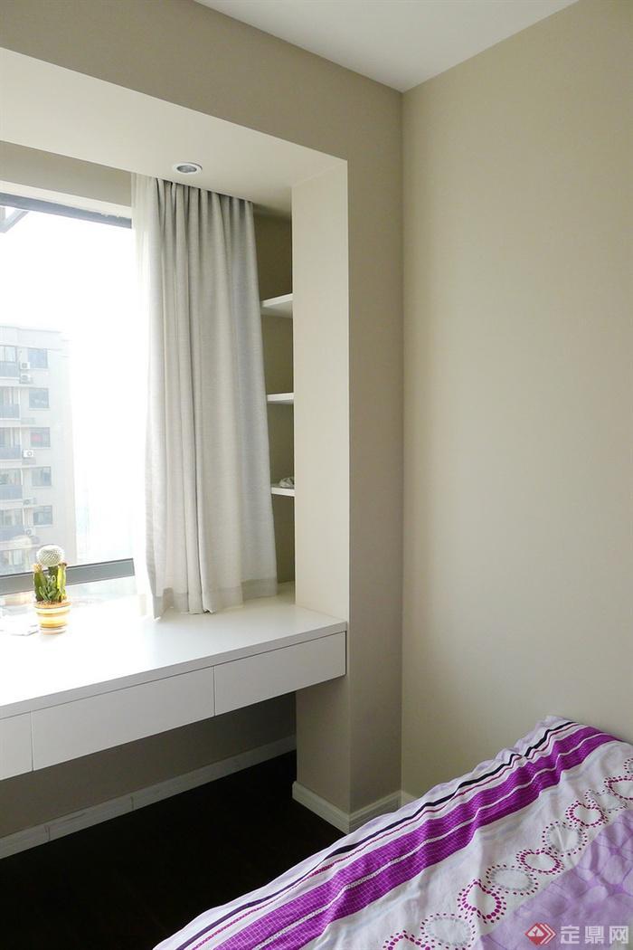 卧室,书桌