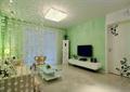 客厅,电视柜,电视,茶几,卧室门,隔断帘,吸顶灯
