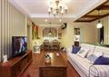 客廳,電視,電視柜,電視背景墻,茶幾,沙發,吊燈