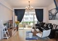 客厅,阳台,沙发,茶几,电视柜,椅子