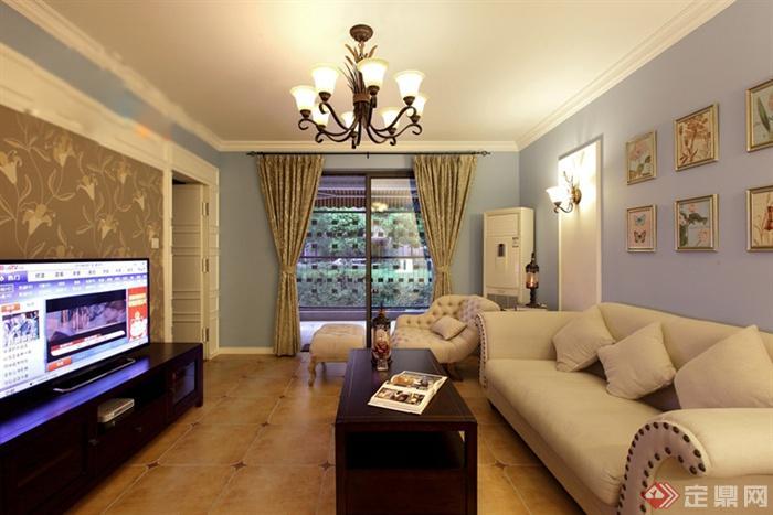 客厅,沙发,餐具,吊灯,窗子,窗帘,背景墙,电视柜,电视