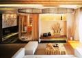 客厅,茶几,沙发,储物柜,装饰品,隔断