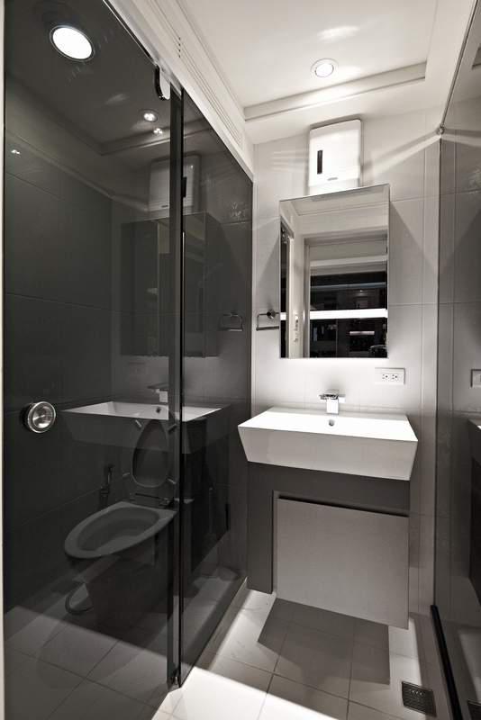 几个住宅室内图片-卫生间洗手台马桶-设计师图库
