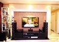 客厅,灯饰,电视柜,背景墙,花瓶插花,摆件