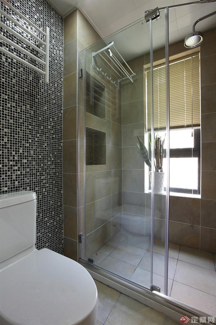 卫生间,马桶,玻璃门,背景墙