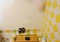 卫生间,毛巾杆,浴缸,洗浴用品,背景墙