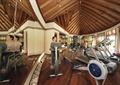 健身房,锻炼器材,天花吊顶,镜子