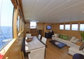 海景房,客厅,桌椅,茶几,沙发,地板,摆件