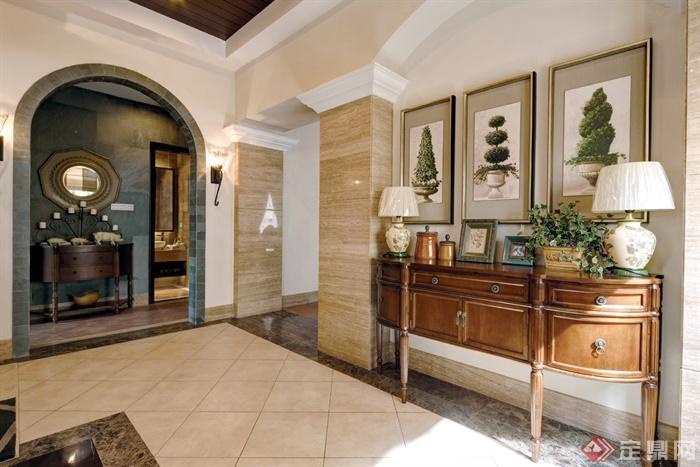欧式风格别墅空间-边柜台灯陈设门洞壁灯-设计师图库
