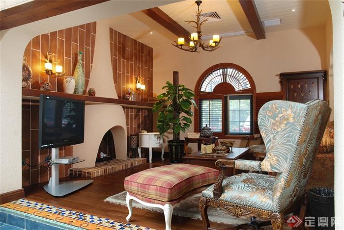 重庆蓝湖郡西岸独栋别墅家装图-客厅沙发吊灯背景墙