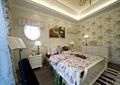 卧室,床,床头柜,台灯,柜子,背景墙