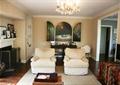 客廳,沙發,茶幾,背景墻,燈飾