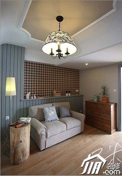 客厅,沙发,吊灯,落地灯,边柜图片