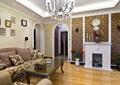 客廳,沙發,茶幾,照片墻,壁爐,掛鐘,陳設
