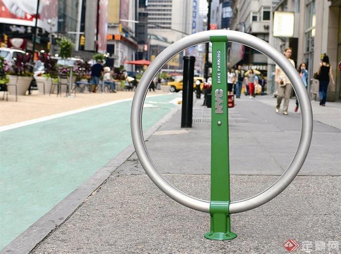 自行车停放处
