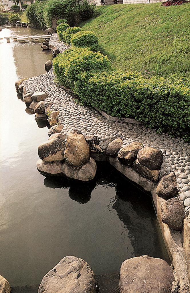 园路景观广场铺装设计图-驳岸卵石路-设计师图库