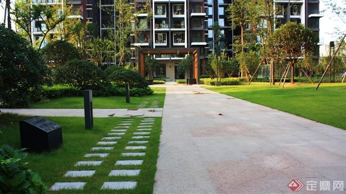 城市景观节点设计图-地面铺装汀步植物-设计师图库