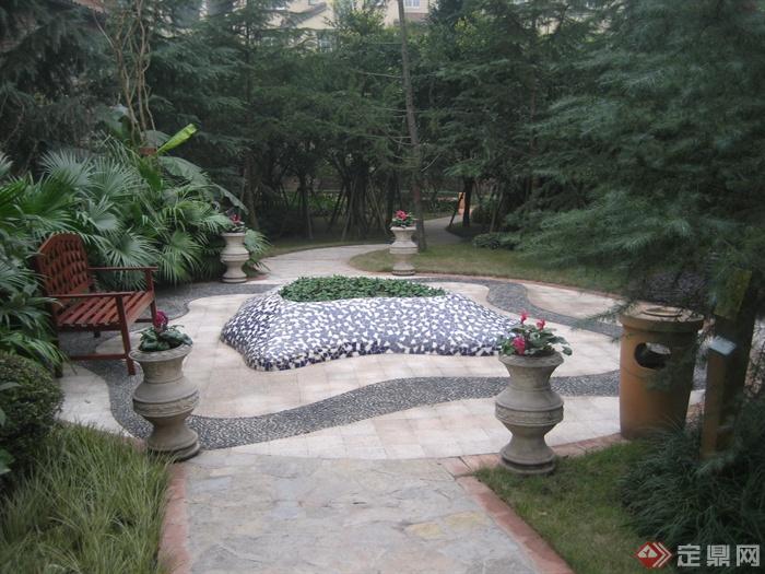 现代某住宅区景观设计图-花池花钵地面铺装植物-设计
