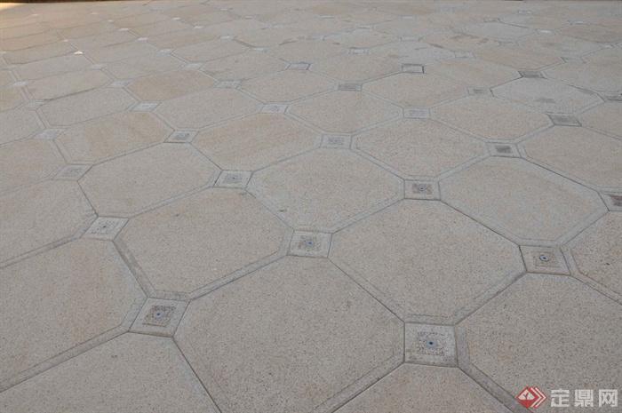 某两层别墅建筑设计图-地面铺装-设计师图库