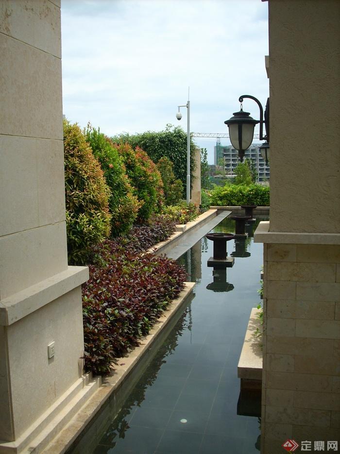 新古典風格綠化景觀-景觀水池壁燈-設計師圖庫