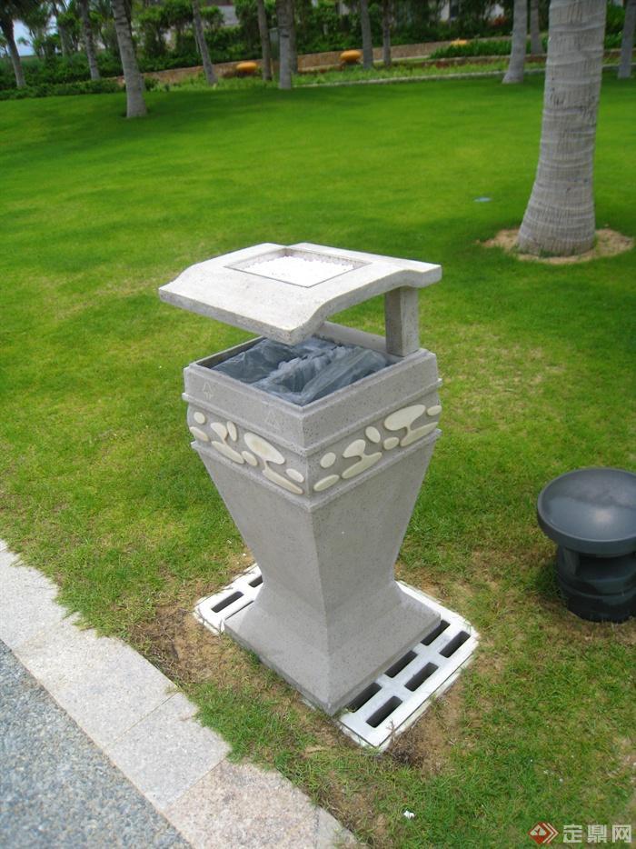 简欧风格小区景观-垃圾桶庭院灯草坪灯草坪-设计师