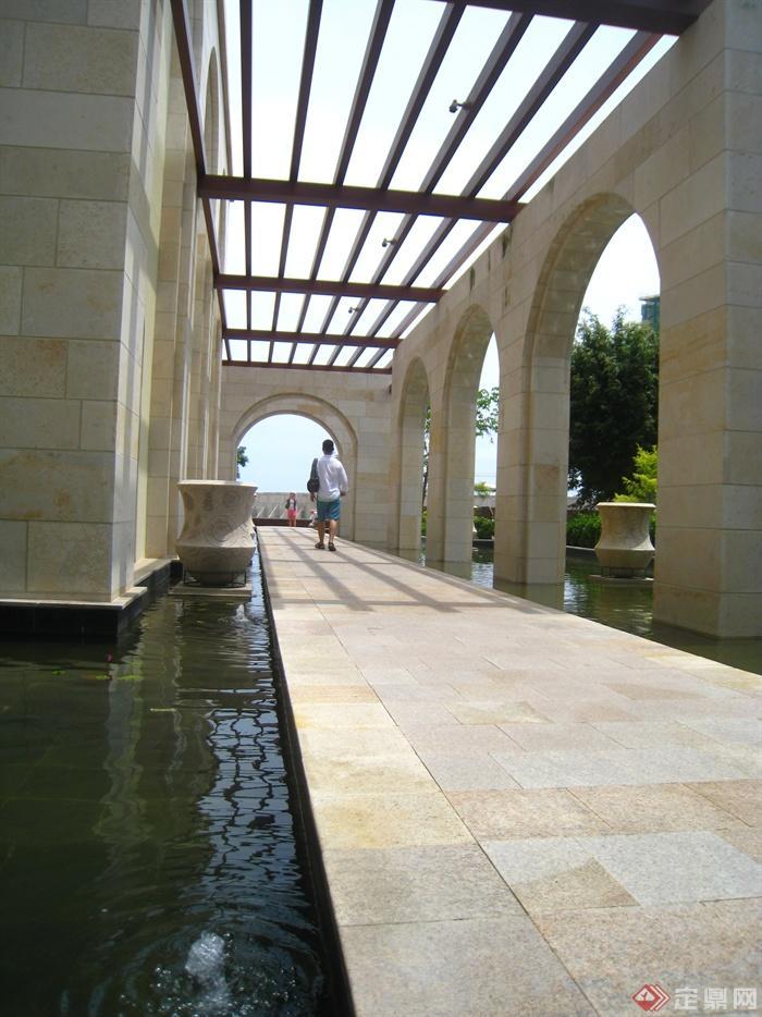 简欧风格小区景观-廊架水钵景观水池-设计师图库