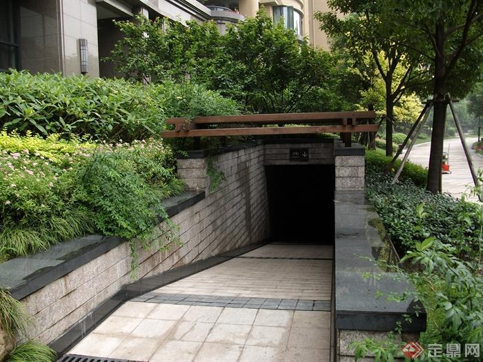 地下车库入口,地面铺装