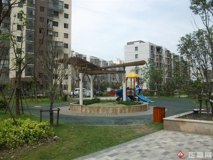 某住宅小区景观规划设计图-廊架坐凳园路铺装垃圾