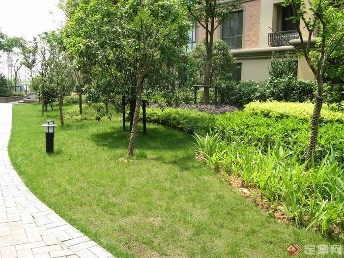 欧式小区住宅景观实景-庭院灯草坪灯住宅景观-设计师
