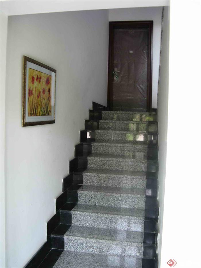 欧式小区住宅景观实景-楼梯装饰画-设计师图库