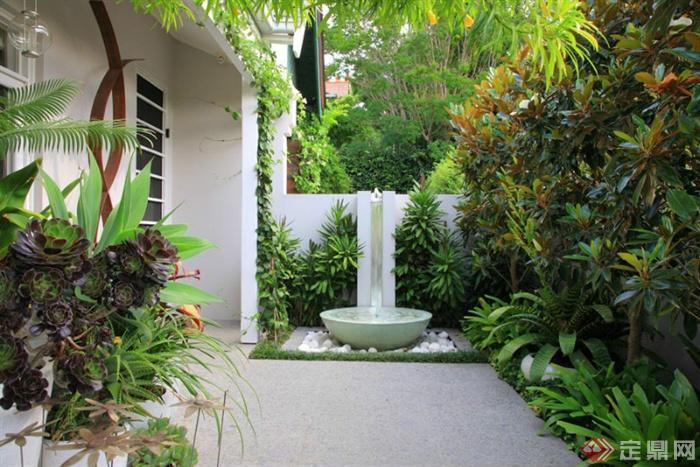 别墅庭院景观-庭院景观水景植物围墙地面铺装-设计师
