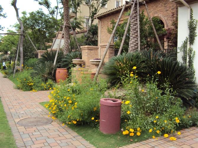 溪谷别墅庭院景观设计图-庭院景观花卉植物小品园路