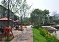 住宅景观,园路,水景,驳岸,草坪,花卉植物,常绿乔木
