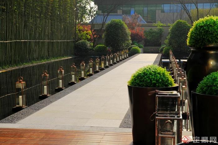 小区景观规划设计图-园路栏杆花钵水景地面铺装植物
