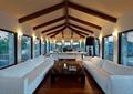 客厅,沙发,茶几,吊顶,百叶窗