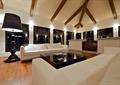 客厅,沙发,茶几,落地灯